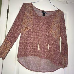 Wet seal long sleeve pattern shirt